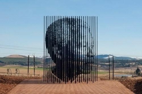 L'impressionnante sculpture de Nelson Mandela > Creanum