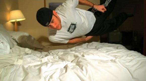 Enfermé dans un hôtel avec une caméra Phantom Flex