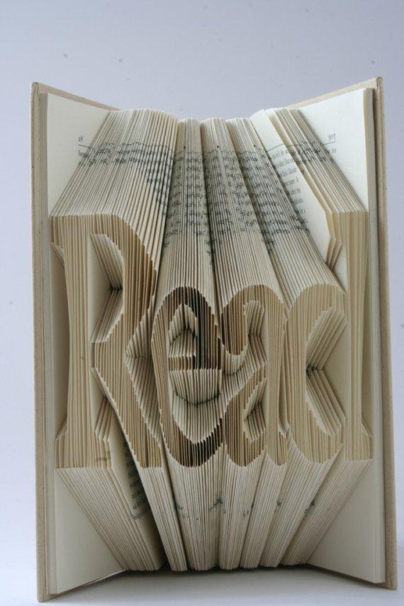 Book Of Art : de l'art avec un livre
