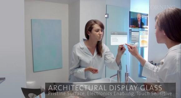 A Day Made Of Glass, un monde de glace et de technologies tactiles