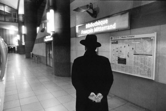 Photo : mise en scène des stations de métro  > Creanum