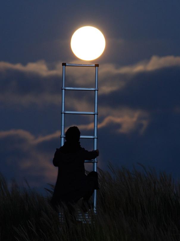 Photos : il joue avec la lune > Creanum